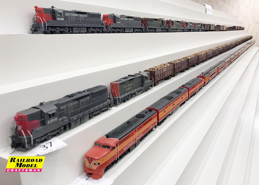 Models on Display at the 2017 SPHTS Convention - Railroad