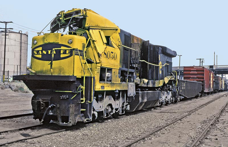 Wrecked Santa Fe 8050