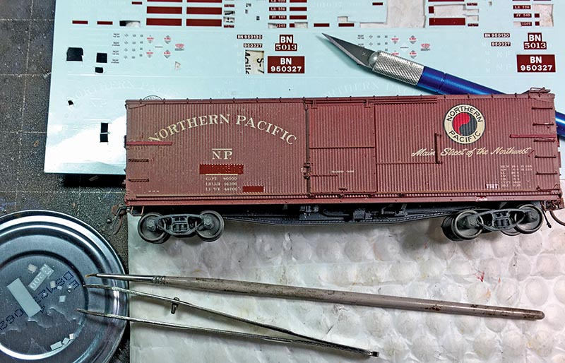 Northern Pacific Wood Boxcar in HO Scale